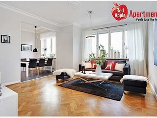 Newly Renovated, Modern And Spacious Apartment - 6557, Gotemburgo
