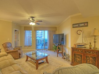 Spectacular Royale Palms Vacation Rental with Terrace and Pool, Myrtle Beach