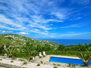 Amalfi Coast Villa with pool, spectacular views, within walking distance to