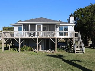 "3606 Yacht Club Rd - ""Sandy Bobcat""`, Isola Edisto"
