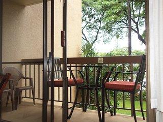 1 bed, walk to all S Kihei beaches-, Charley Young & Kamaole; shops, restaurants