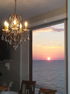 Gorgeous Western sunsets viewed from both inside and outside of this condo from multiple windows.
