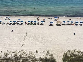 Gulf front 3 bedroom 3 bath sleeps 10 All bedrooms have gulf views