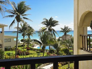 SAVE UP! 15% REDUCTION in a Oceanfront Penthouse (XH7117)