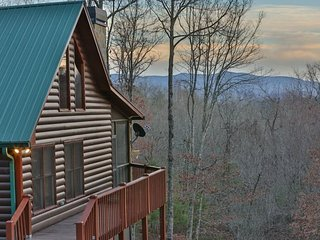 Three Bears Lodge, Blue Ridge