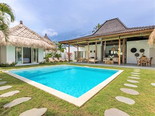 ❤ NOW $200 SEMINYAK | Brand New 4BR Villa - The true Bali | POOL | CHEF