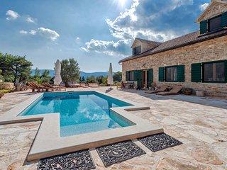 Rustic stone villa with pool in Stari Grad, Hvar island