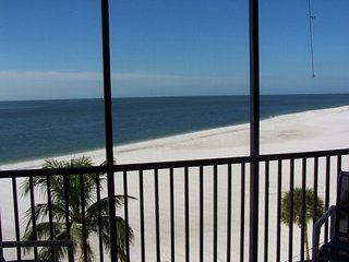Gorgeous view, great location., Fort Myers Beach
