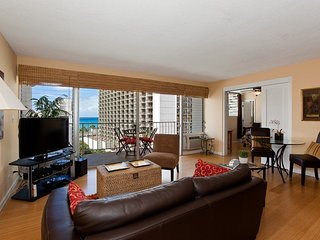 Luxury Ocean View Condo - Great Location