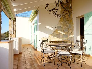 Villa BELLA VISTA LUMIO, 4BR, wifi, A/C, amazing sea view