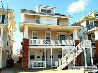 824 Plymouth PL, 1st Flr, Steps from the Boardwalk