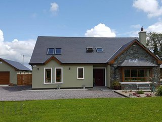 Peaceful, spacious modern house, Tralee