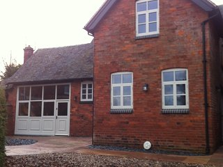 Woodleighton Cottages - The Old Stables, Uttoxeter