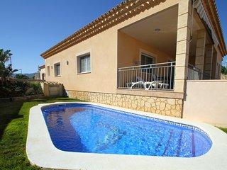 HELIA villa piscina privada, barbacoa y a/a
