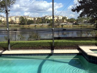 Just Renovated-Private Pool With Water View, Movie Theater And Much More!, Kissimmee