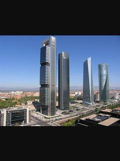 Madrid se encuentra a 63 km.