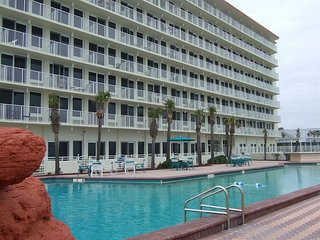 Daytona Beach Getaway, That's Fit For A King.