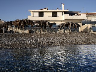 Villa by the sea ., Vrachati