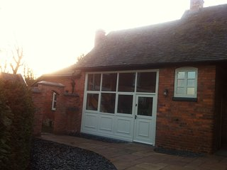 Woodleighton Cottages - The Old Coach House, Uttoxeter