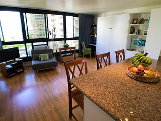 NEW LISTING!!!  Waikiki Home Base 1 Block From Beach!!!, Honolulu