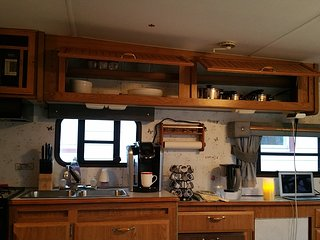 Cozy RV near World Famous KOP Mall, King of Prussia