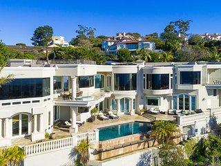 Sunset Villa II, Sleeps 14, San Diego