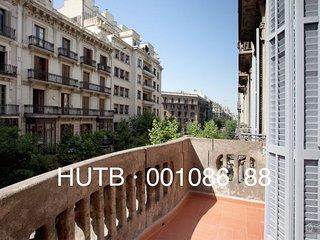 GowithOh - 16785 - Fantastic apartment alongside the famous Paseo de Gracia, Barcelona