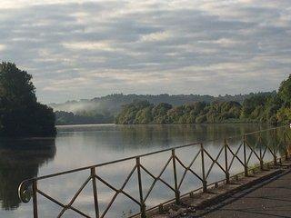 Face a St Emilion, bord de riviere