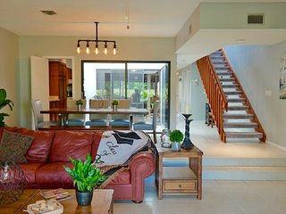 Beautiful Townhouse in the Heart of Wellington