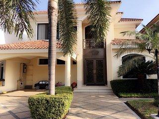 Rento casa en Guayaquil - Samborondon con todas las comodidades