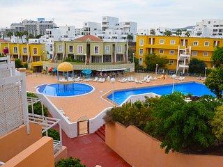 Lovely apartment close beach Playa de las Americas, Playa de Fañabé