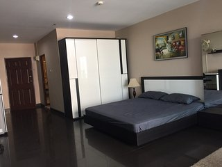 Jomtien Beach Studio for Rent ***VIP Airport Pick Up***