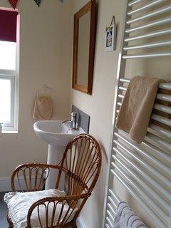 Family bathroom upstairs
