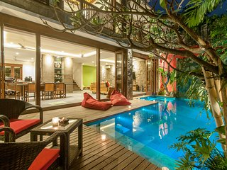 VillaM2 Bali (A) - New luxury Balinese modern villa in Heart of Seminyak