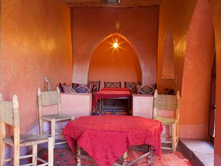 Nice and Friendly place Auberge ksar Ait ben haddou, Tamedakhte