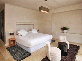 VILLA AMIRA 6 BEDROOMS, Ouahat Sidi Brahim