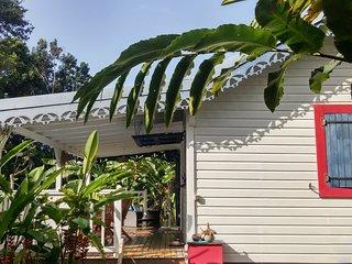 Superbe case créole  entre deshaies et sainte-rose dans environnement tropical