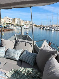 Second luxurious boat on offer. Fully restored Maltese Luzzu for sunset cruises and dayily fun!