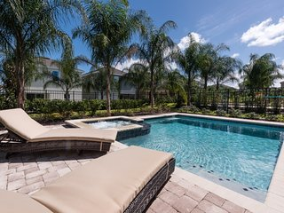 Beautiful 8 Bedroom Home with Private Pool at the Encore Club