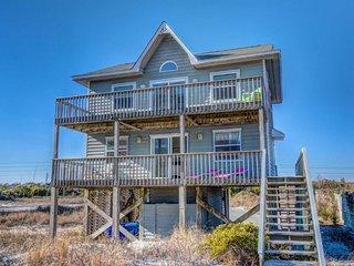 Hampton Colony 648 Oceanfront-B Lot! | Community Pool, Fireplace