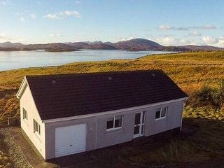 Taigh Sòlas Holiday Cottage, Great Bernera
