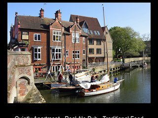 Stay Norwich River View + Parking