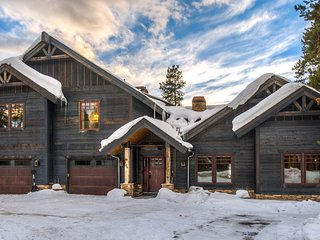 Ultra Luxe 7000 Sqft Winter Park Cabin