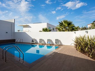 Beachfront Apartment with shared pool at Praia Del Rey Golf & Beach Resort