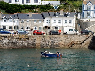 5 Seaview Moorings - Porthleven