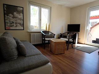 Vacation Apartment in Tübingen - 538 sqft, exlusively furnished, central, Tubinga