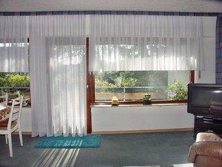 Vacation Apartment in Mülheim an der Ruhr - 807 sqft, quiet, central, Schönebeck