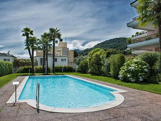 LLAG Luxury Vacation Apartment in Caslano - In a quiet, sunny position, heated