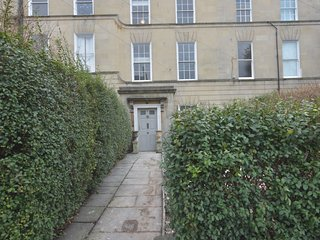 The Georgian Townhouse sleeps 16. Beautiful period property in the city of Bath.