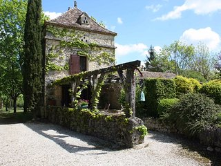 Le Pigeonnier. A beautifully renovated property on a 50 hectare country estate.